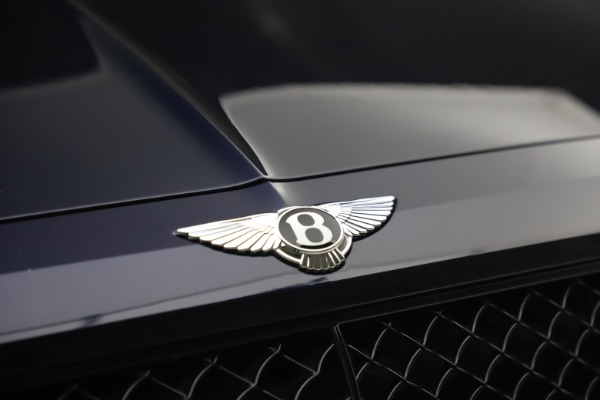 Used 2018 Bentley Bentayga W12 Signature Edition for sale $149,900 at Rolls-Royce Motor Cars Greenwich in Greenwich CT 06830 14