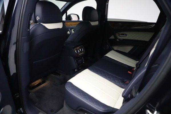 Used 2018 Bentley Bentayga W12 Signature Edition for sale $149,900 at Rolls-Royce Motor Cars Greenwich in Greenwich CT 06830 20