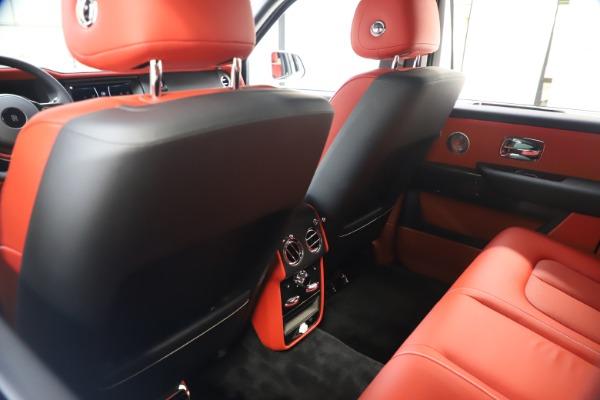 New 2021 Rolls-Royce Cullinan Black Badge for sale $431,325 at Rolls-Royce Motor Cars Greenwich in Greenwich CT 06830 20