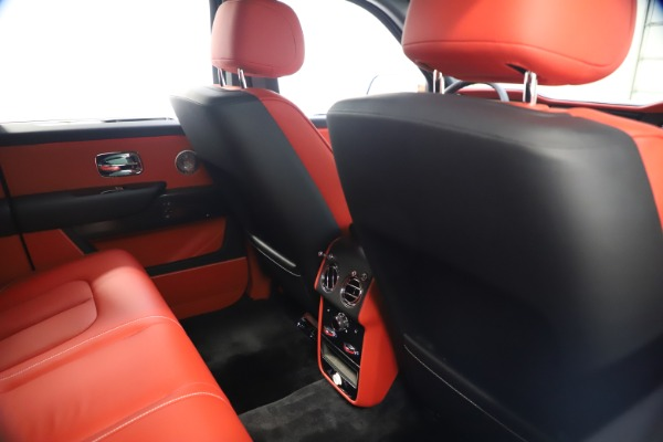 New 2021 Rolls-Royce Cullinan Black Badge for sale $431,325 at Rolls-Royce Motor Cars Greenwich in Greenwich CT 06830 21
