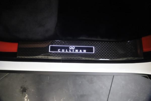 New 2021 Rolls-Royce Cullinan Black Badge for sale $431,325 at Rolls-Royce Motor Cars Greenwich in Greenwich CT 06830 23