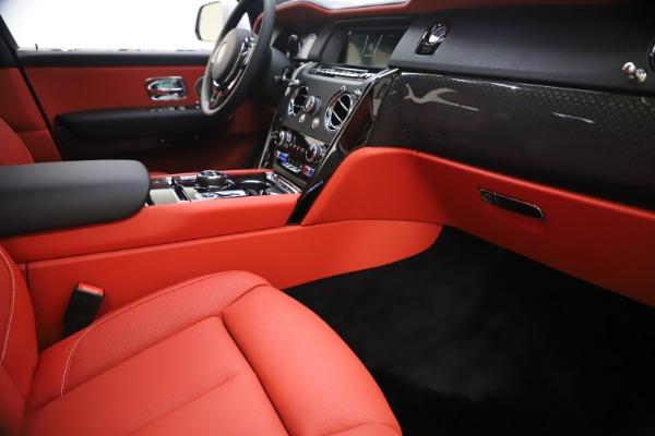 New 2021 Rolls-Royce Cullinan Black Badge for sale $431,325 at Rolls-Royce Motor Cars Greenwich in Greenwich CT 06830 26