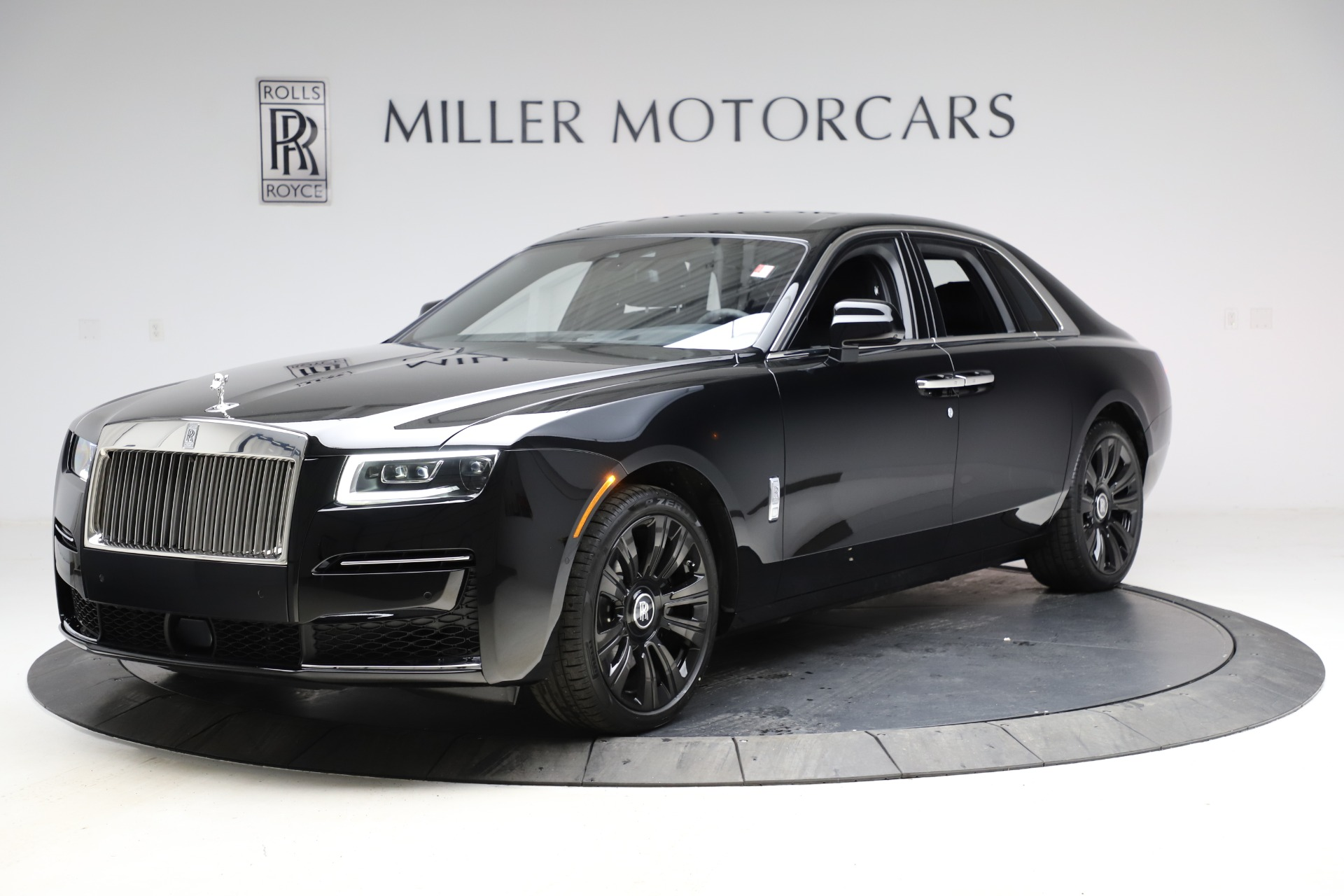 New 2021 Rolls-Royce Ghost for sale $374,150 at Rolls-Royce Motor Cars Greenwich in Greenwich CT 06830 1