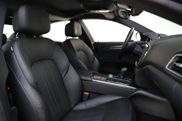 Used 2017 Maserati Ghibli S Q4 for sale $41,900 at Rolls-Royce Motor Cars Greenwich in Greenwich CT 06830 22