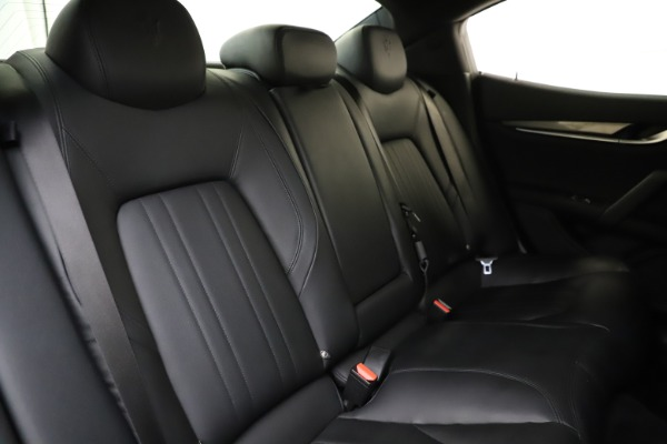Used 2017 Maserati Ghibli S Q4 for sale $41,900 at Rolls-Royce Motor Cars Greenwich in Greenwich CT 06830 26