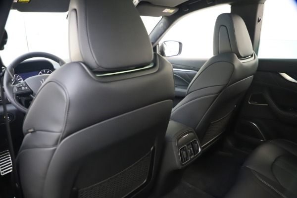 New 2021 Maserati Levante S Q4 GranSport for sale $107,135 at Rolls-Royce Motor Cars Greenwich in Greenwich CT 06830 21