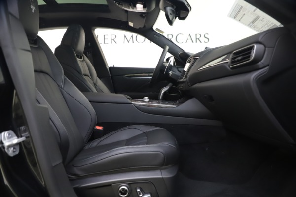 New 2021 Maserati Levante S Q4 GranSport for sale $107,135 at Rolls-Royce Motor Cars Greenwich in Greenwich CT 06830 24