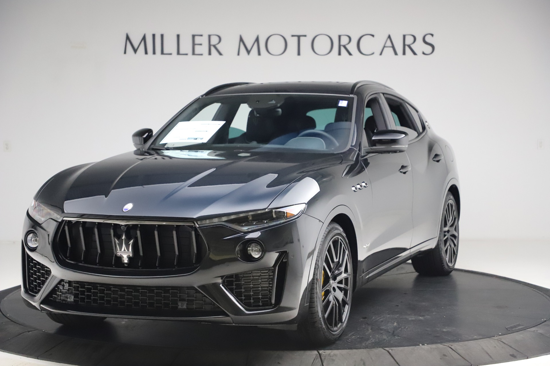New 2021 Maserati Levante S Q4 GranSport for sale $107,135 at Rolls-Royce Motor Cars Greenwich in Greenwich CT 06830 1