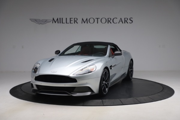 Used 2014 Aston Martin Vanquish Volante for sale $129,900 at Rolls-Royce Motor Cars Greenwich in Greenwich CT 06830 14