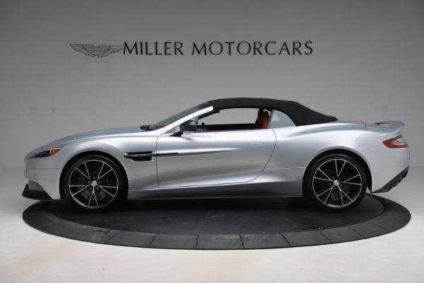 Used 2014 Aston Martin Vanquish Volante for sale $129,900 at Rolls-Royce Motor Cars Greenwich in Greenwich CT 06830 16
