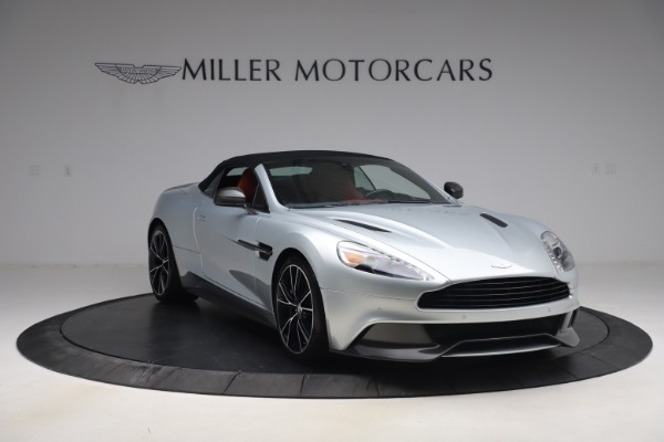 Used 2014 Aston Martin Vanquish Volante for sale $129,900 at Rolls-Royce Motor Cars Greenwich in Greenwich CT 06830 19