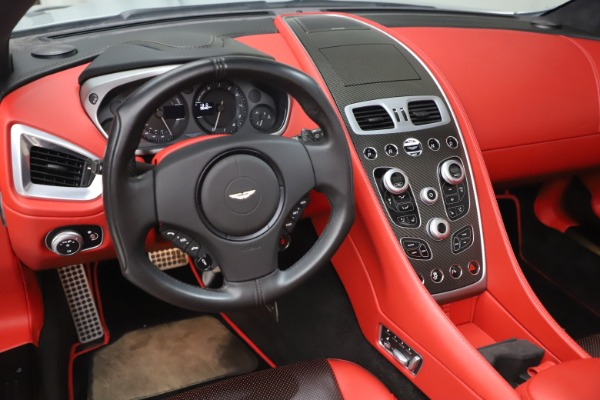 Used 2014 Aston Martin Vanquish Volante for sale $129,900 at Rolls-Royce Motor Cars Greenwich in Greenwich CT 06830 21