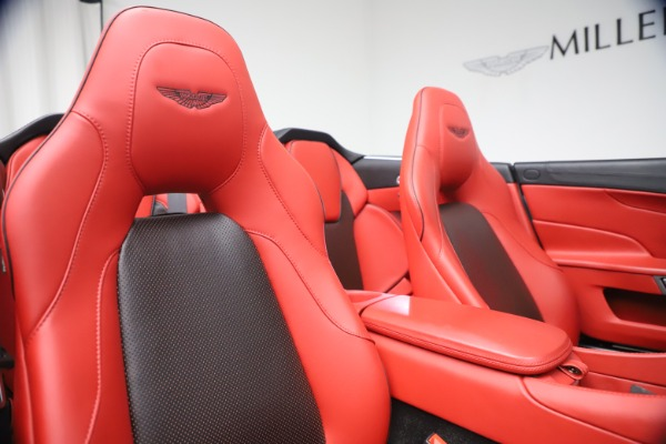 Used 2014 Aston Martin Vanquish Volante for sale $129,900 at Rolls-Royce Motor Cars Greenwich in Greenwich CT 06830 26