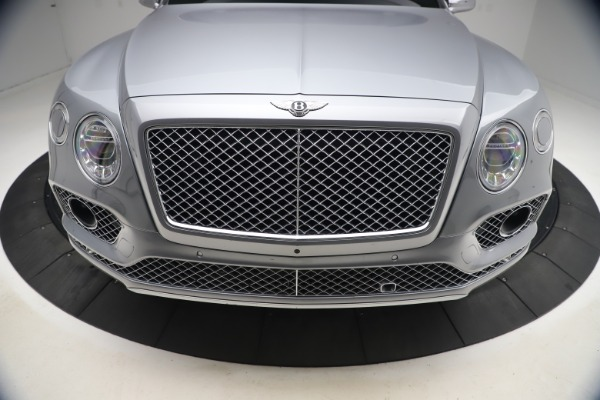 Used 2018 Bentley Bentayga W12 Signature for sale $154,900 at Rolls-Royce Motor Cars Greenwich in Greenwich CT 06830 14