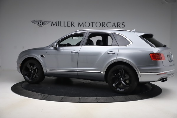 Used 2018 Bentley Bentayga W12 Signature for sale $154,900 at Rolls-Royce Motor Cars Greenwich in Greenwich CT 06830 4