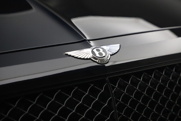 Used 2018 Bentley Bentayga Black Edition for sale $169,900 at Rolls-Royce Motor Cars Greenwich in Greenwich CT 06830 14