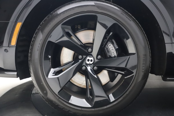 Used 2018 Bentley Bentayga Black Edition for sale $169,900 at Rolls-Royce Motor Cars Greenwich in Greenwich CT 06830 15