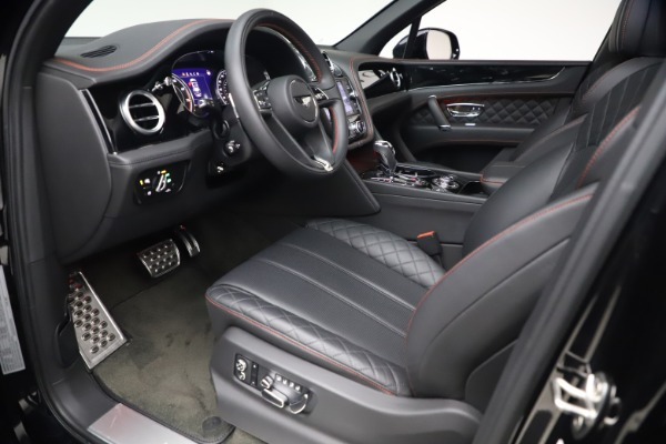 Used 2018 Bentley Bentayga Black Edition for sale $169,900 at Rolls-Royce Motor Cars Greenwich in Greenwich CT 06830 17