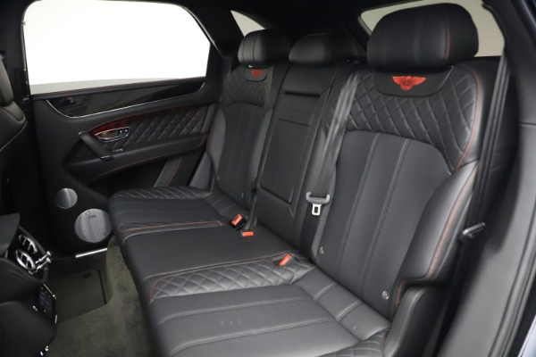 Used 2018 Bentley Bentayga Black Edition for sale $169,900 at Rolls-Royce Motor Cars Greenwich in Greenwich CT 06830 22