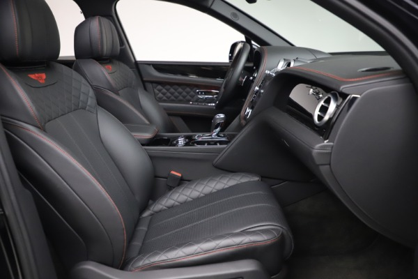 Used 2018 Bentley Bentayga Black Edition for sale $169,900 at Rolls-Royce Motor Cars Greenwich in Greenwich CT 06830 25