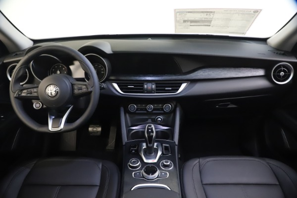 New 2020 Alfa Romeo Stelvio Q4 for sale Sold at Rolls-Royce Motor Cars Greenwich in Greenwich CT 06830 16