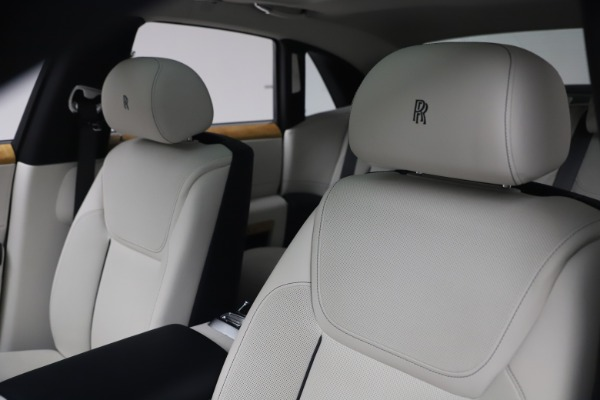 Used 2018 Rolls-Royce Ghost for sale $249,900 at Rolls-Royce Motor Cars Greenwich in Greenwich CT 06830 14