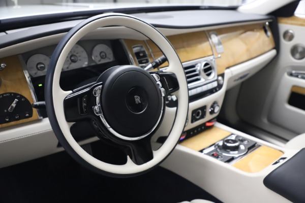 Used 2018 Rolls-Royce Ghost for sale $249,900 at Rolls-Royce Motor Cars Greenwich in Greenwich CT 06830 16