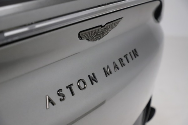 New 2021 Aston Martin DBX for sale $226,136 at Rolls-Royce Motor Cars Greenwich in Greenwich CT 06830 22