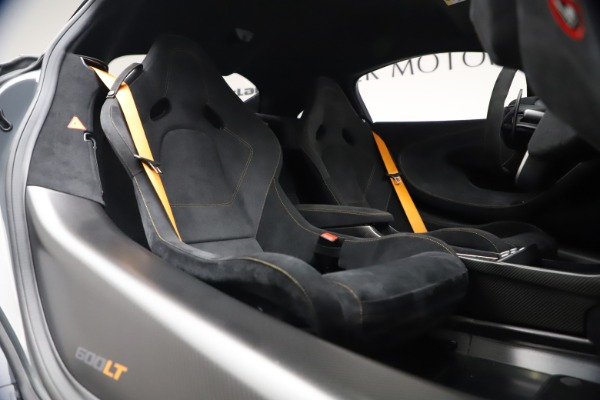 Used 2019 McLaren 600LT Coupe for sale $229,900 at Rolls-Royce Motor Cars Greenwich in Greenwich CT 06830 19