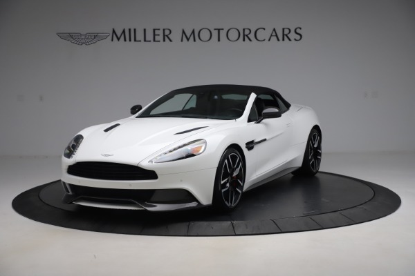 Used 2015 Aston Martin Vanquish Volante for sale $139,900 at Rolls-Royce Motor Cars Greenwich in Greenwich CT 06830 13