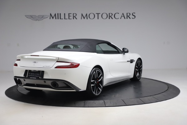 Used 2015 Aston Martin Vanquish Volante for sale $139,900 at Rolls-Royce Motor Cars Greenwich in Greenwich CT 06830 16