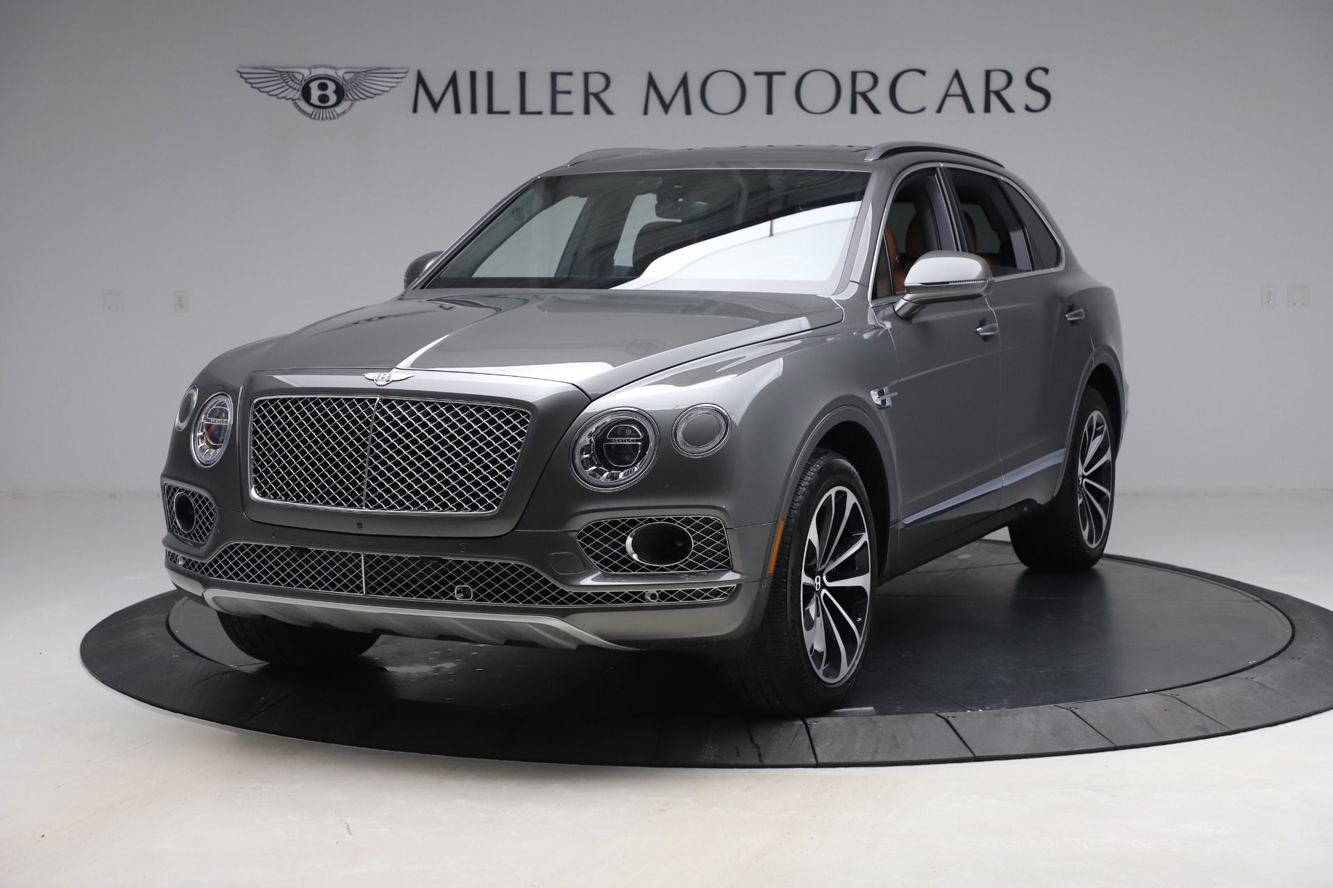 Used 2018 Bentley Bentayga W12 for sale $156,900 at Rolls-Royce Motor Cars Greenwich in Greenwich CT 06830 1