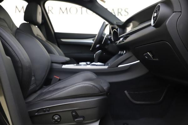 New 2020 Alfa Romeo Stelvio Ti Sport Q4 for sale $49,945 at Rolls-Royce Motor Cars Greenwich in Greenwich CT 06830 26