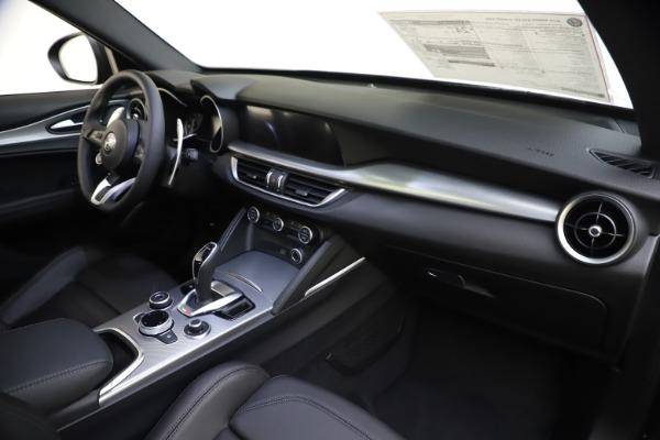 New 2020 Alfa Romeo Stelvio Ti Sport Q4 for sale $49,945 at Rolls-Royce Motor Cars Greenwich in Greenwich CT 06830 27
