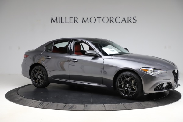 New 2021 Alfa Romeo Giulia Q4 for sale $48,035 at Rolls-Royce Motor Cars Greenwich in Greenwich CT 06830 10