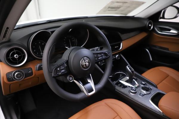 New 2021 Alfa Romeo Giulia Q4 for sale $45,735 at Rolls-Royce Motor Cars Greenwich in Greenwich CT 06830 15