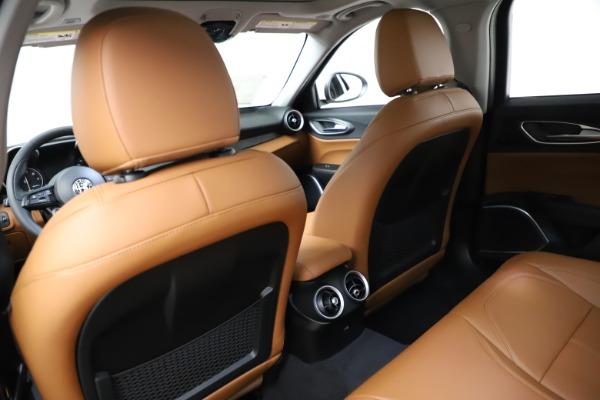 New 2021 Alfa Romeo Giulia Q4 for sale $45,735 at Rolls-Royce Motor Cars Greenwich in Greenwich CT 06830 19