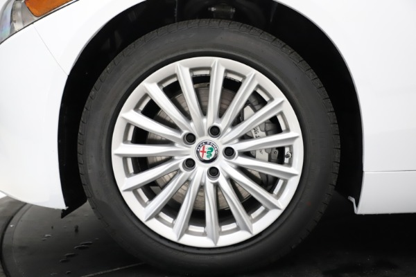 New 2021 Alfa Romeo Giulia Q4 for sale $45,735 at Rolls-Royce Motor Cars Greenwich in Greenwich CT 06830 27