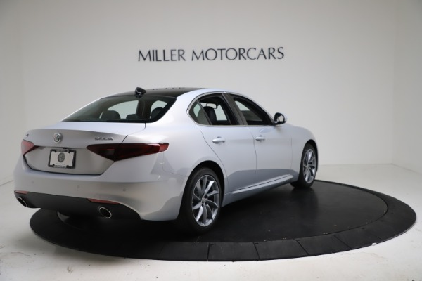 New 2021 Alfa Romeo Giulia Q4 for sale $46,490 at Rolls-Royce Motor Cars Greenwich in Greenwich CT 06830 7