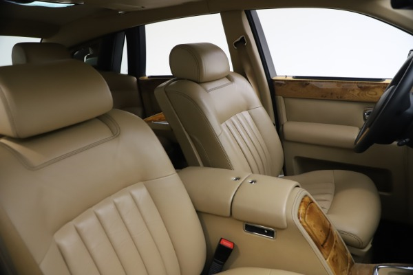 Used 2006 Rolls-Royce Phantom for sale $109,900 at Rolls-Royce Motor Cars Greenwich in Greenwich CT 06830 22