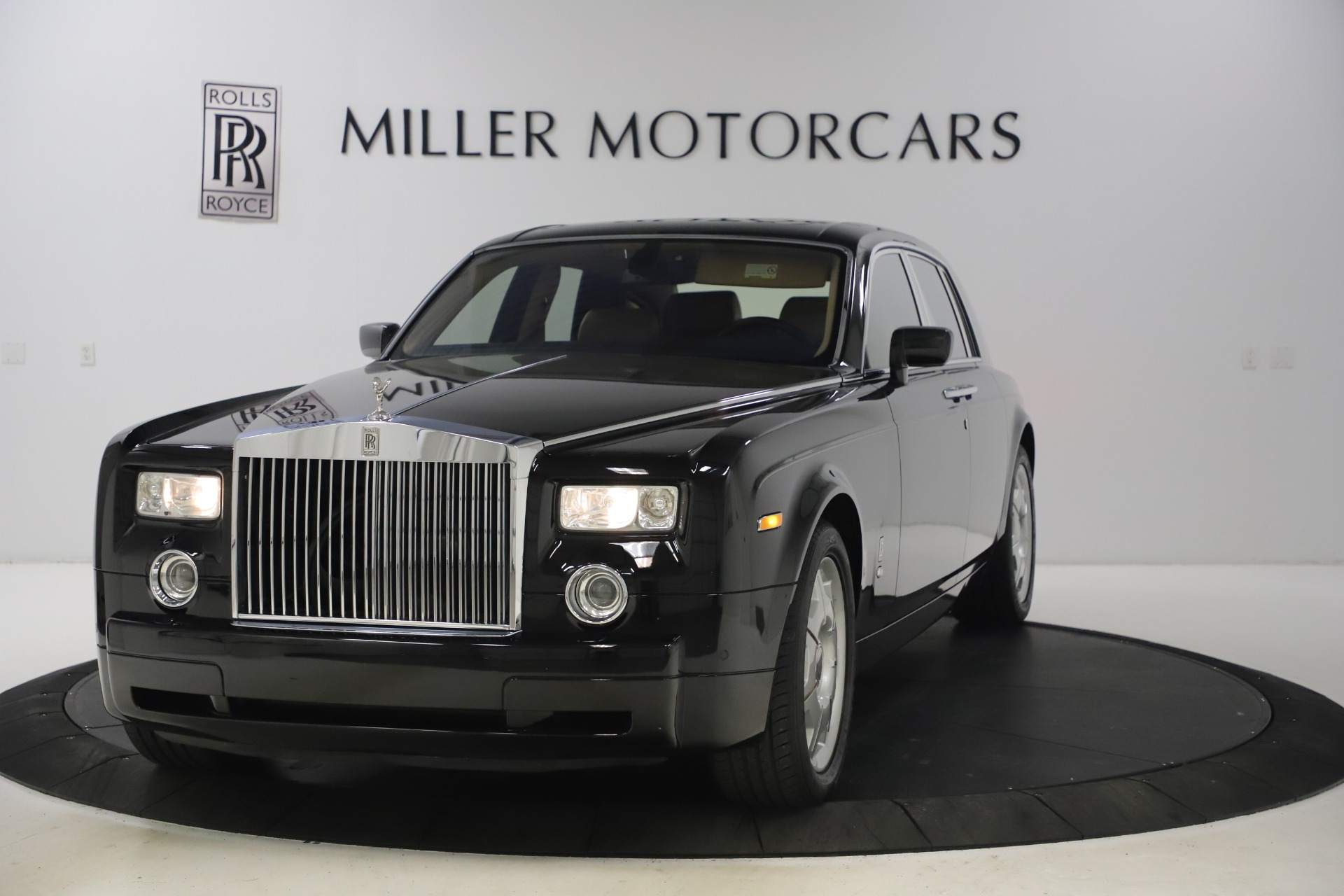 Used 2006 Rolls-Royce Phantom for sale $109,900 at Rolls-Royce Motor Cars Greenwich in Greenwich CT 06830 1