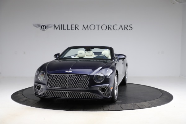 New 2021 Bentley Continental GT V8 for sale $276,830 at Rolls-Royce Motor Cars Greenwich in Greenwich CT 06830 2