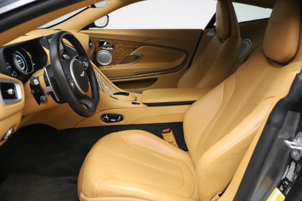 Used 2017 Aston Martin DB11 V12 Coupe for sale $149,900 at Rolls-Royce Motor Cars Greenwich in Greenwich CT 06830 14