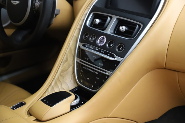 Used 2017 Aston Martin DB11 V12 Coupe for sale $149,900 at Rolls-Royce Motor Cars Greenwich in Greenwich CT 06830 22
