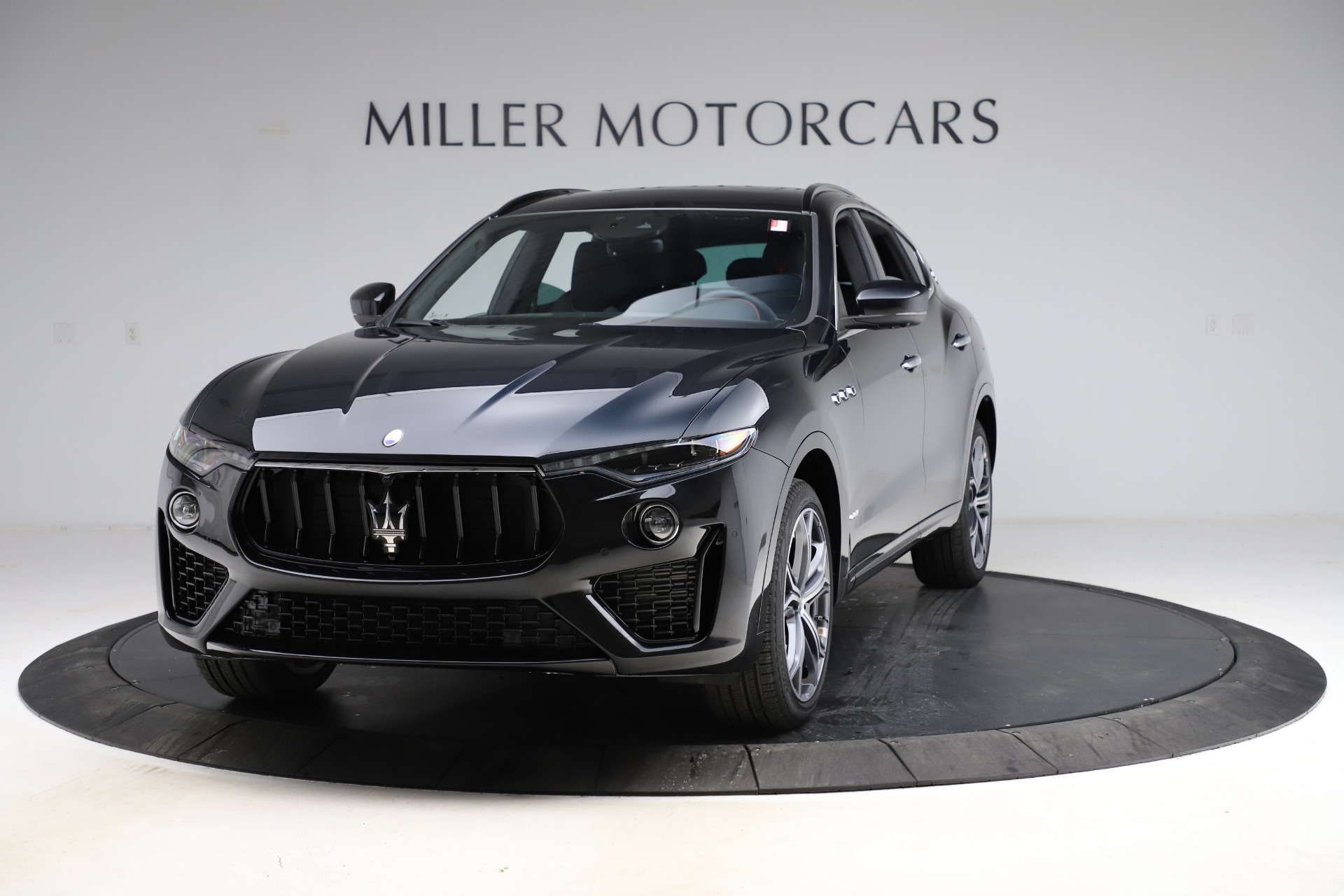 New 2021 Maserati Levante Q4 GranSport for sale $94,985 at Rolls-Royce Motor Cars Greenwich in Greenwich CT 06830 1