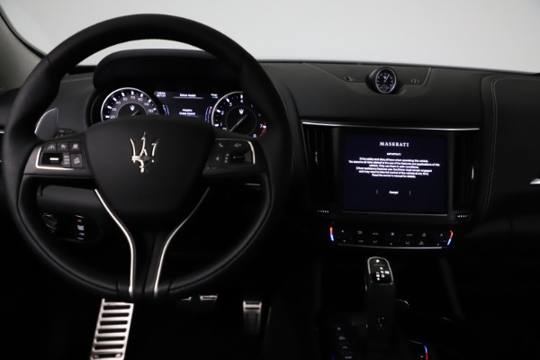 New 2021 Maserati Levante Q4 GranSport for sale $93,585 at Rolls-Royce Motor Cars Greenwich in Greenwich CT 06830 16