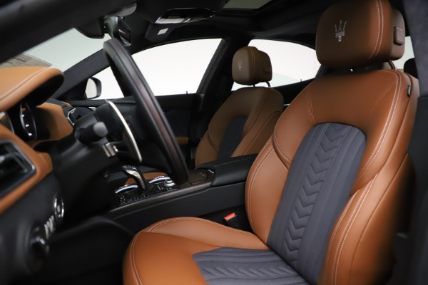 New 2021 Maserati Ghibli S Q4 GranLusso for sale Sold at Rolls-Royce Motor Cars Greenwich in Greenwich CT 06830 15
