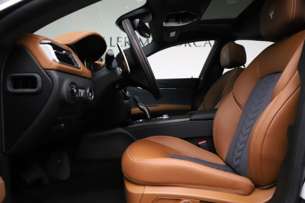 New 2021 Maserati Ghibli S Q4 GranLusso for sale Sold at Rolls-Royce Motor Cars Greenwich in Greenwich CT 06830 16