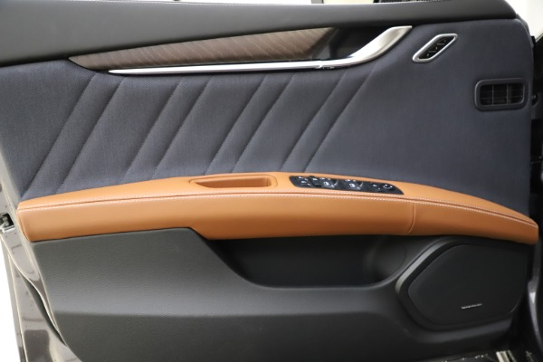 New 2021 Maserati Ghibli S Q4 GranLusso for sale Sold at Rolls-Royce Motor Cars Greenwich in Greenwich CT 06830 18