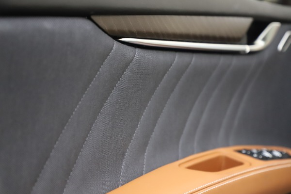 New 2021 Maserati Ghibli S Q4 GranLusso for sale Sold at Rolls-Royce Motor Cars Greenwich in Greenwich CT 06830 20